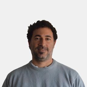 Dr. Gustavo Curcio
